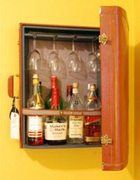 Suitcase-cupboard